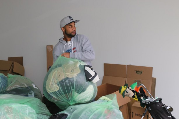 Golden Tate Donates Hundreds of Coats