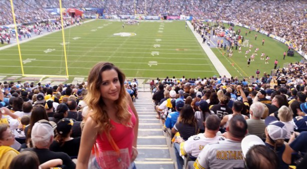 Girl Visits 32 NFL Stadiums Because of Tinder