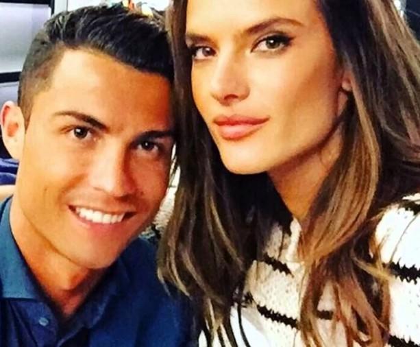 Ronaldo Plays Head with Model Alessandra Ambrosio
