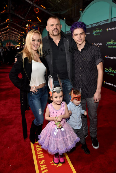 Chuck Liddell Brings the Fam To Red Carpet