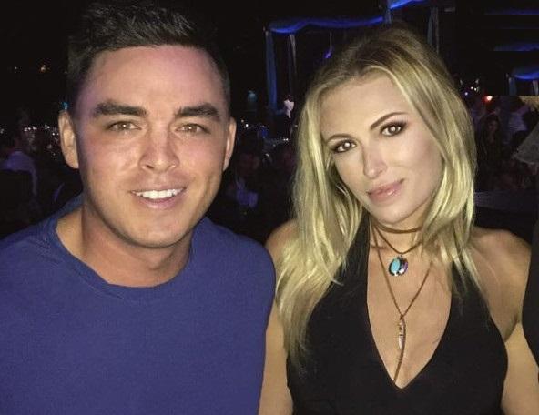 Rickie Fowler Helps Paulina Gretzky Get Social