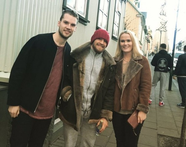 Conor McGregor Fan Friendly In Iceland