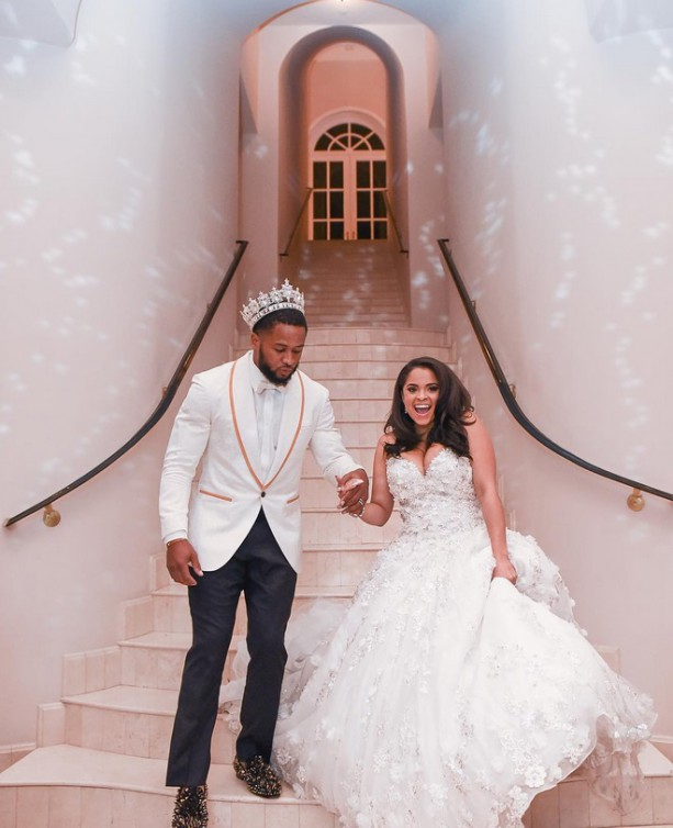 Seahawks Earl Thomas Dressed Like King For His Wedding