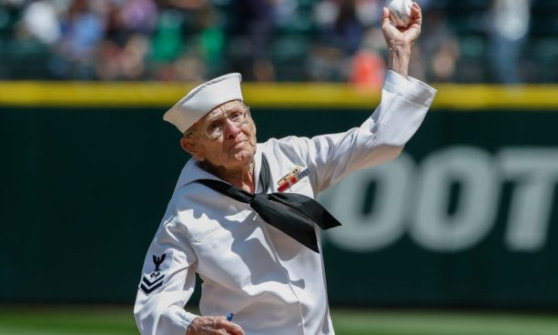 WW2 vet throws perfect first pitch