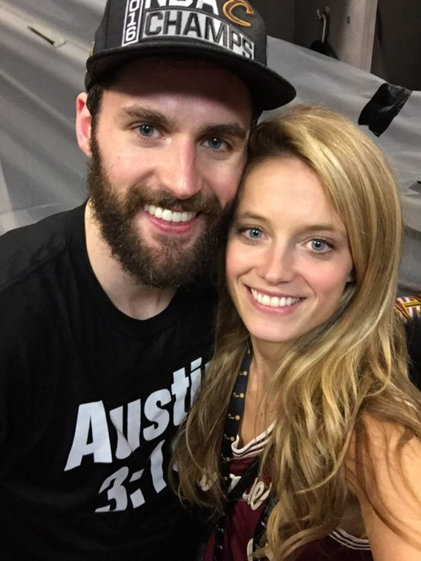 Check out Kevin Love's Smokeshow Girlfriend