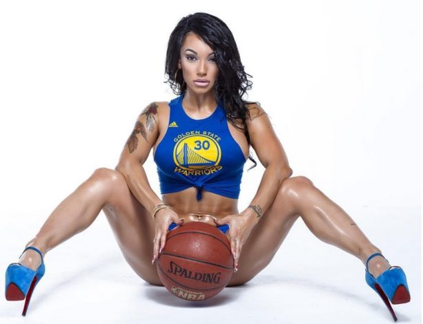 Warriors Instagram Thot Does Photo Shoot in Cleveland