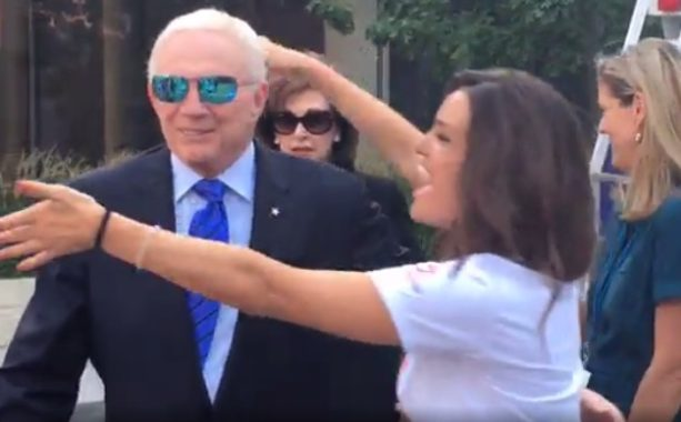 Cowboys owner Jerry Jones gets a Free Hug from girls