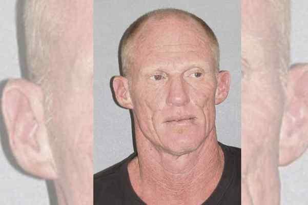 Former NFL'er Todd Marinovich arrested naked with marijuana