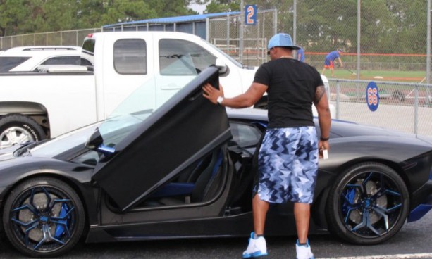 Yoenis Cespedes One Ups himself with Latest Ride