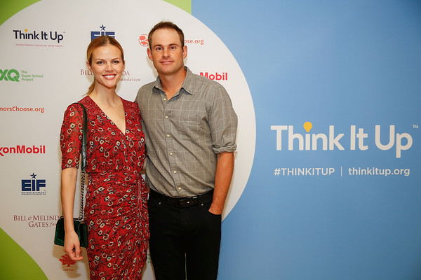 Andy Roddick Makes an Appearance with Brooklyn
