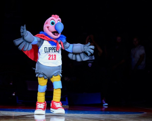 Kanye Wants to Redesign the Clippers Mascot