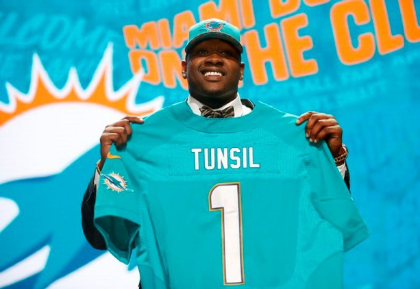Laremy Tunsil's Instagram Posts Showing He Took Cash