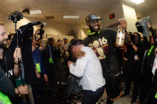 OAKLAND, CA - JUNE 19:  LeBron James #23 of the Cleveland Cavaliers celebrates with his teammates after winning Game Seven of the 2016 NBA Finals against the Golden State Warriors on June 19, 2016 at ORACLE Arena in Oakland, California. NOTE TO USER: User expressly acknowledges and agrees that, by downloading and/or using this Photograph, user is consenting to the terms and conditions of the Getty Images License Agreement. Mandatory Copyright Notice: Copyright 2016 NBAE (Photo by Andrew D. Bernstein/NBAE via Getty Images)