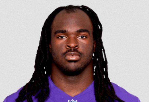 NFL Receiver Lost 4lbs Cutting off his Dreads